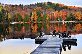 le Canada offre des paysage somptueux en automne