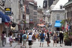 L'une des choses à faire absolument à Montreal est de visiter le rue st paul