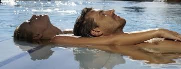 l'effet de flotaisson procure une sensation de détente et de relaxation